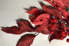 украшаем листьями